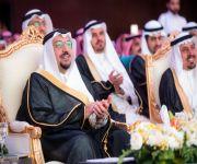أمير منطقة القصيم يشهد حفل تخرج طلاب كليات بريدة الأهلية