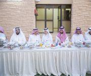 محافظ عنيزة ومدير عام فرع وزارةالعمل والتنمية الإجتماعية بالقصيم يشاركان في أفطار دار الرعاية