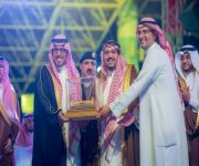 الأمير فيصل بن مشعل يتوج الفائزين الأوائل بألقاب الفئات المشاركة في رالي القصيم في الجولة الثانية من بطولة السعودية تويوتا للراليات الصحراوية