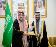 """أمير منطقة القصيم يكرم أكثر من 40 متبرعاً بالدم بحملة """"همة حتى القمة للتبرع بالدم"""
