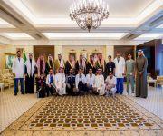 أمير القصيم يستقبل رئيس واعضاء جمعية ( المسعف )