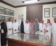 بحضور المحافظ : لجنة أهالي النبهانية تبحث مع رئيس البلدية احتياجات المحافظة
