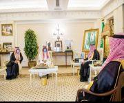 أمير القصيم يلتقي الرقيبة بمناسبة تكليفه لتسيير أعمال ومهام مدير عام الشؤون الصحية بمنطقة القصيم