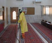 بلدية الخبراء ترش وتعقم مسجدين  إحترازياً لوجود حالة اشتباه كورونا