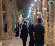 مزرعة السليم بمدينة بريدة تتحول ليلاً إلى فعاليات مميزة وجذب للزوار