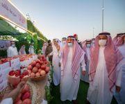 سمو الأمير فيصل بن مشعل يشهد اليوم الذهبي لمهرجان رمان القصيم بنسخته الرابعة في مركز الشيحية