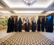 """سمو أمير منطقة القصيم يستقبل رئيسة وأعضاء مجلس إدارة لجنة التنمية الاجتماعية النسائية ببريدة """"حواء"""