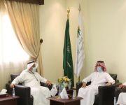 مدير عام فرع وزارة الموارد البشرية والتنمية الاجتماعية يلتقي في أمين عام ( إخاء )