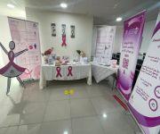 مكتب العمل بمحافظة عنيزة يقيم ركناً توعوي  عن سرطان الثدي